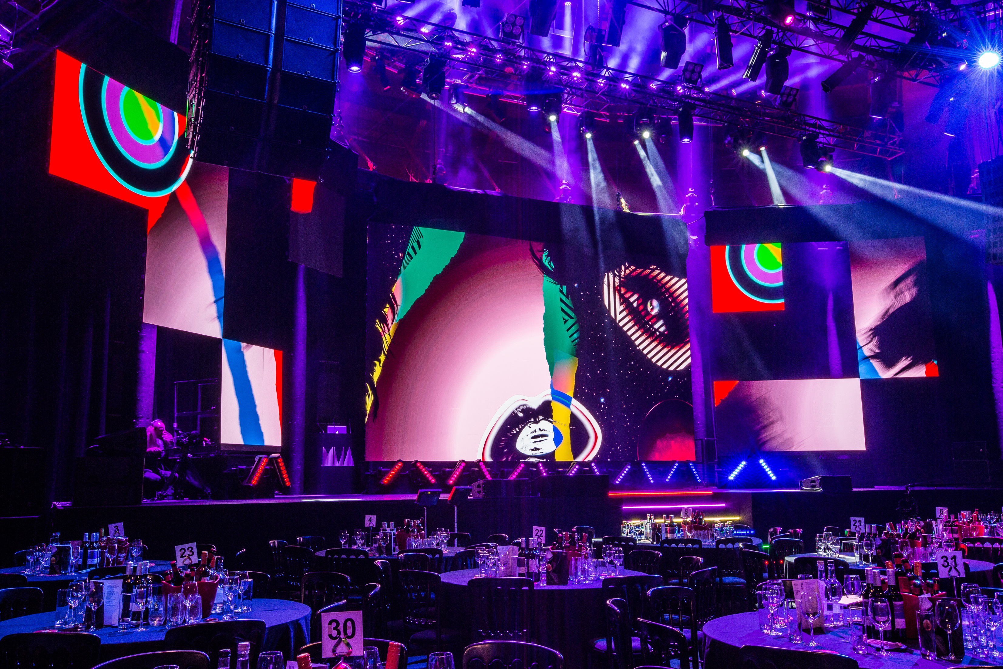 We are experts in live event technology.