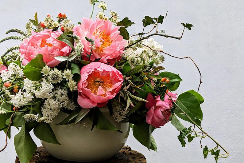 Summer flower demonstration.