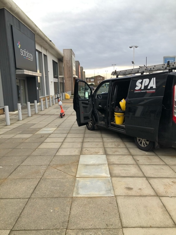 SPA is a commercial property maintenance company covering London, Greater London, the South East of England (including Cambridge, Watford, Reading, Guilford and Maidstone), South Yorkshire (Sheffield) and the Midlands (including Northampton, Milton Keynes, Luton, Oxford, Birmingham, Leicester, Derby, Nottingham, Peterborough, Coventry)
