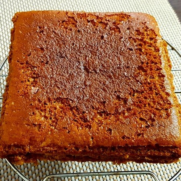 honey cinnamon cake