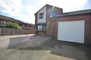 *SOLD STC* Hemsby Close, Worcester, WR5