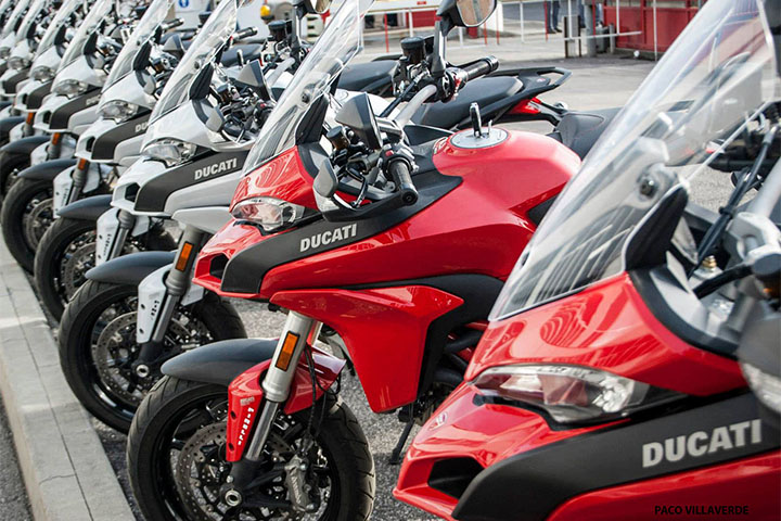 tuscany-motorcycle-tours-ducati-experience