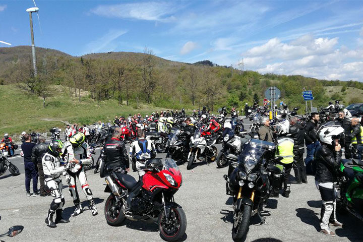 tuscany-motorcycle-tours-apennines-motorbike-tour
