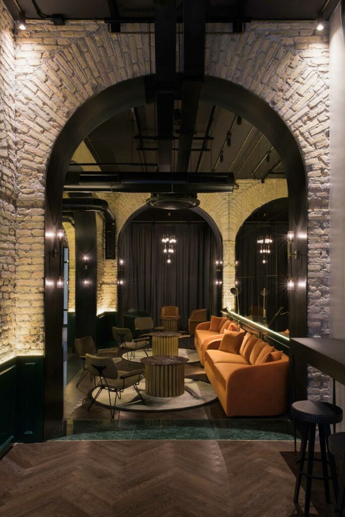 Hotel-Chapter-Roma-Lounge-Bar-Coqtail-Milano