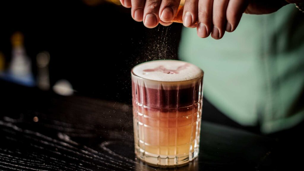 New-York-Sour-Cocktail-IBA-Coqtail-Milano