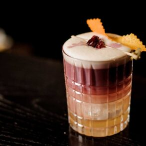 New-York-Sour-Cocktail-ricetta-IBA-Coqtail-Milano