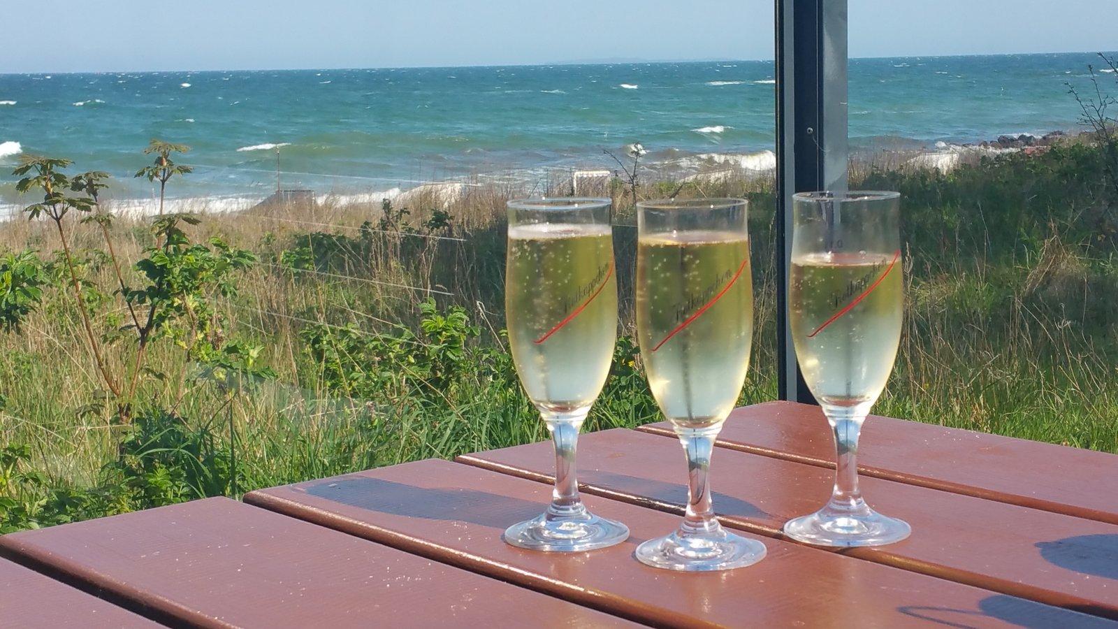 3 Gläser Sekt bei Udo