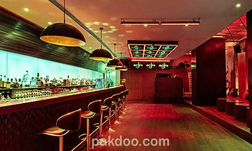 the best cafe in Connaught place, Delhi. where all lounge, bar, pub are available.