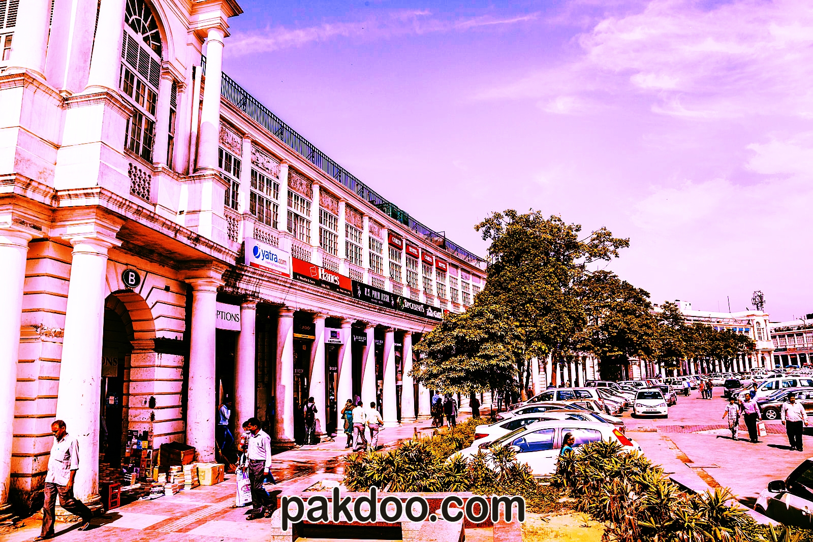 best hangout shopping places in delhi for travellers - connaught place
