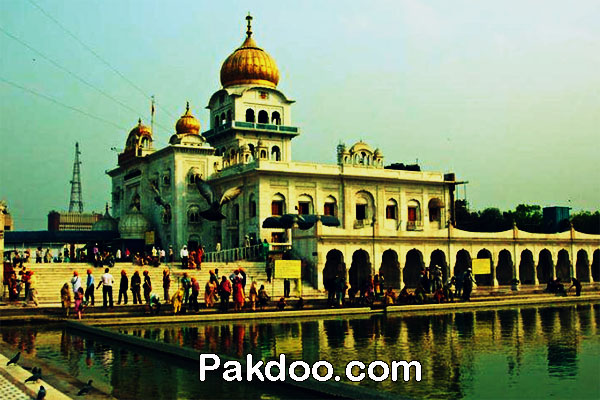 sikh worshipping place in delhi - gurudwara bangla sahib for travellers