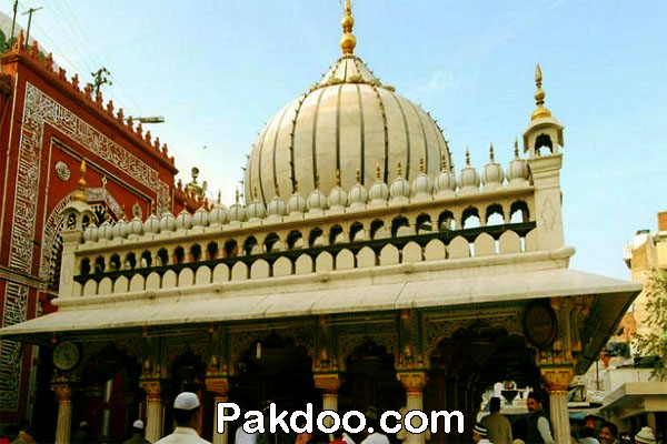 Muslim worship place for visitor in delhi-Hazrat Nizamuddin