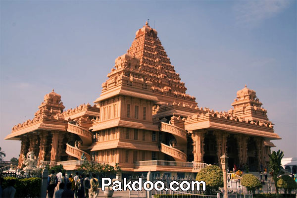 worship place for visitors in delhi-chhatarpur Mandir