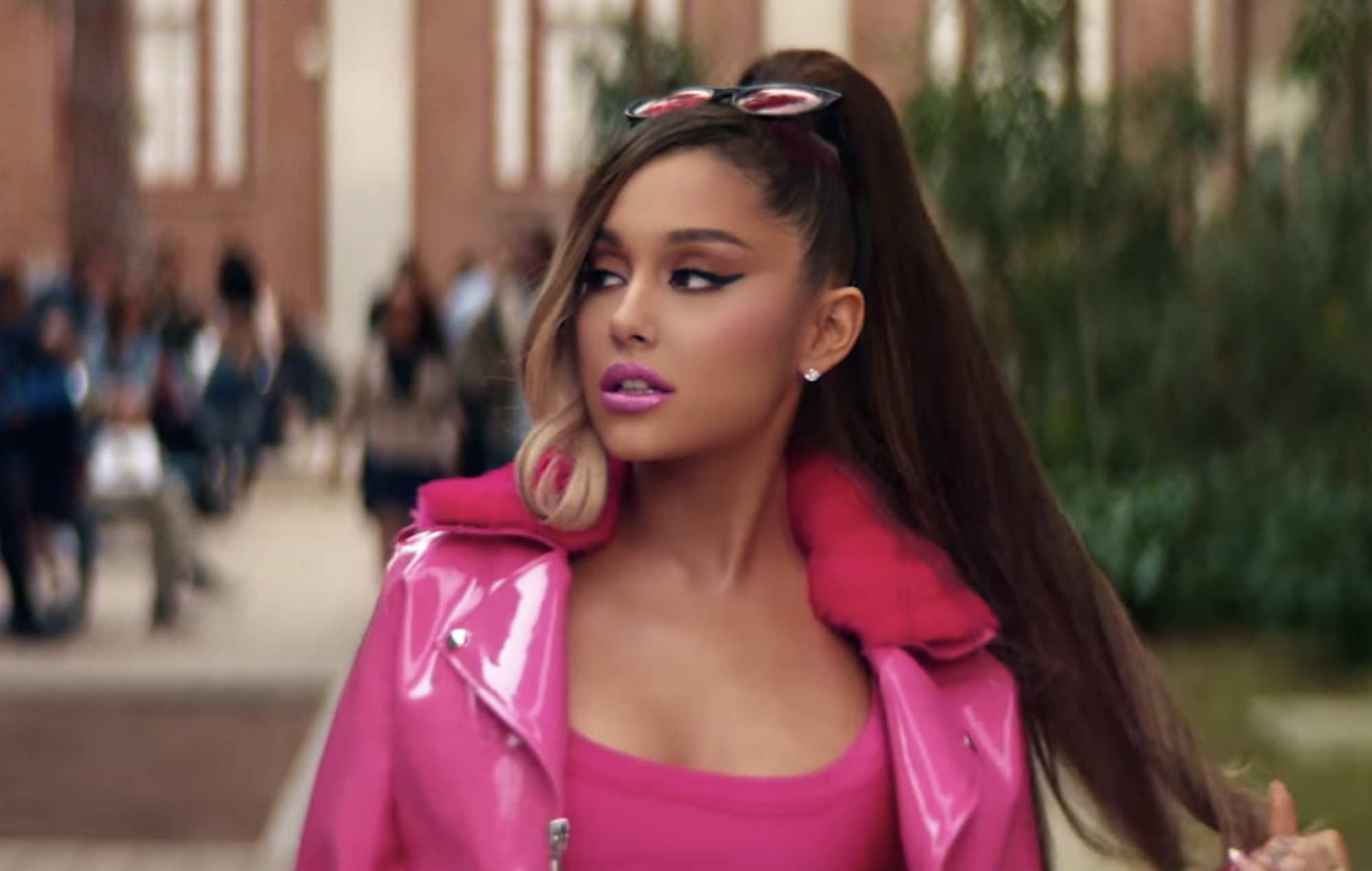 Kris Jenner offers chlamydia advice in Ariana Grande's blooper reel and deleted scenes from 'thank u, next' video
