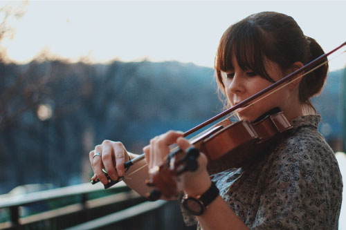 violin lessons at Center Stage