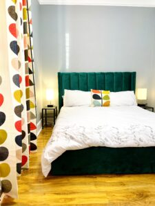 Room 3- King size bed