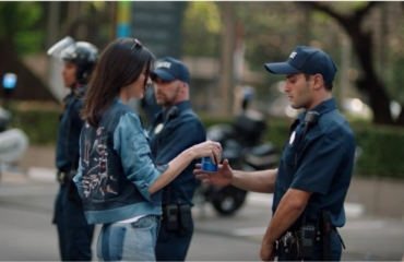 A Supermodel Almost Caused National Division in the US – Thanks to a Pepsi Ad