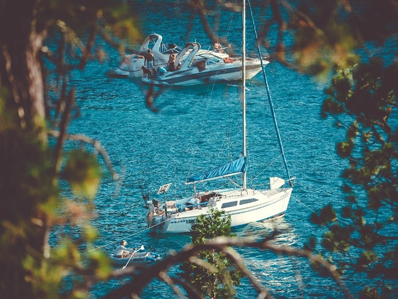explore further afield with a trailer sailer