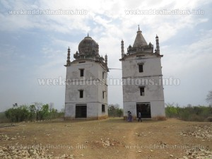 Temple and Mosque at Duli