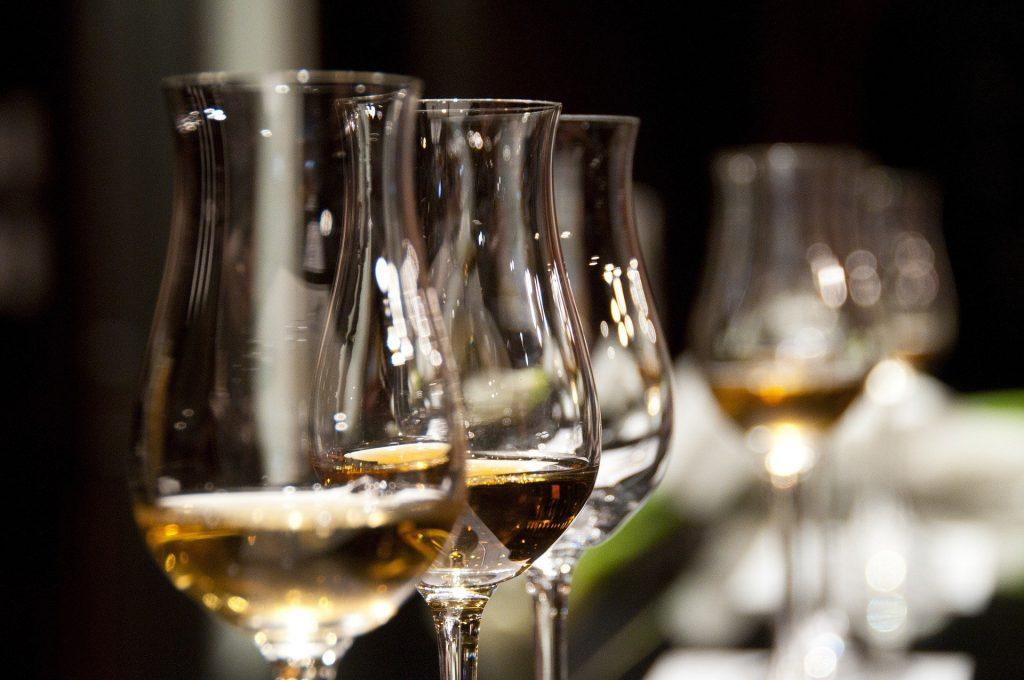 Image of wine in glasses