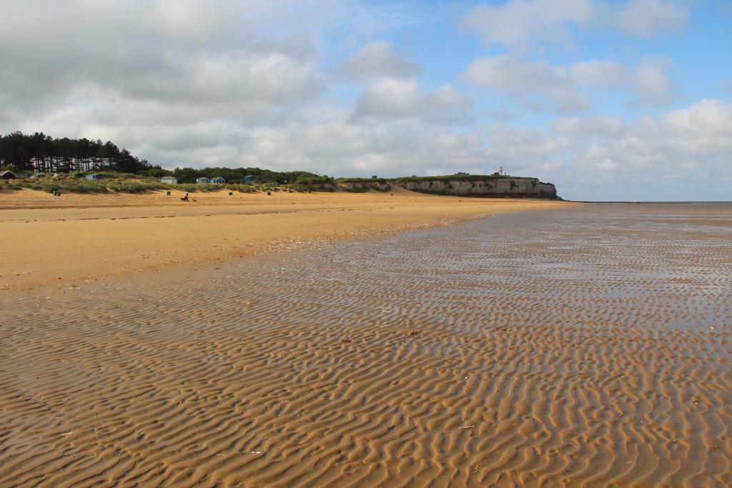 Image of local beaches in Hunstanton