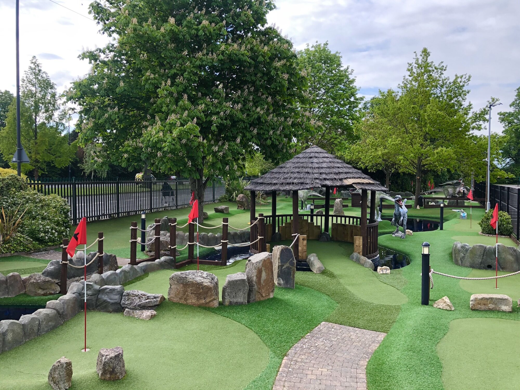 Dinosaur Themed Crazy Golf Maidenhead Berkshire