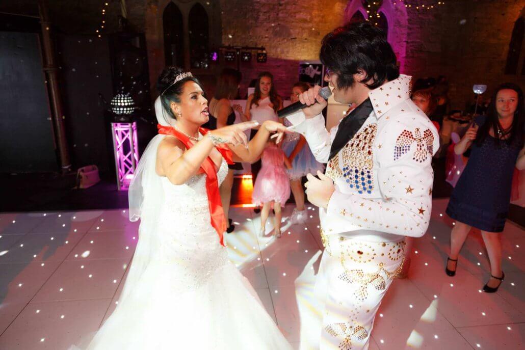 Enhancements Elvis DJ