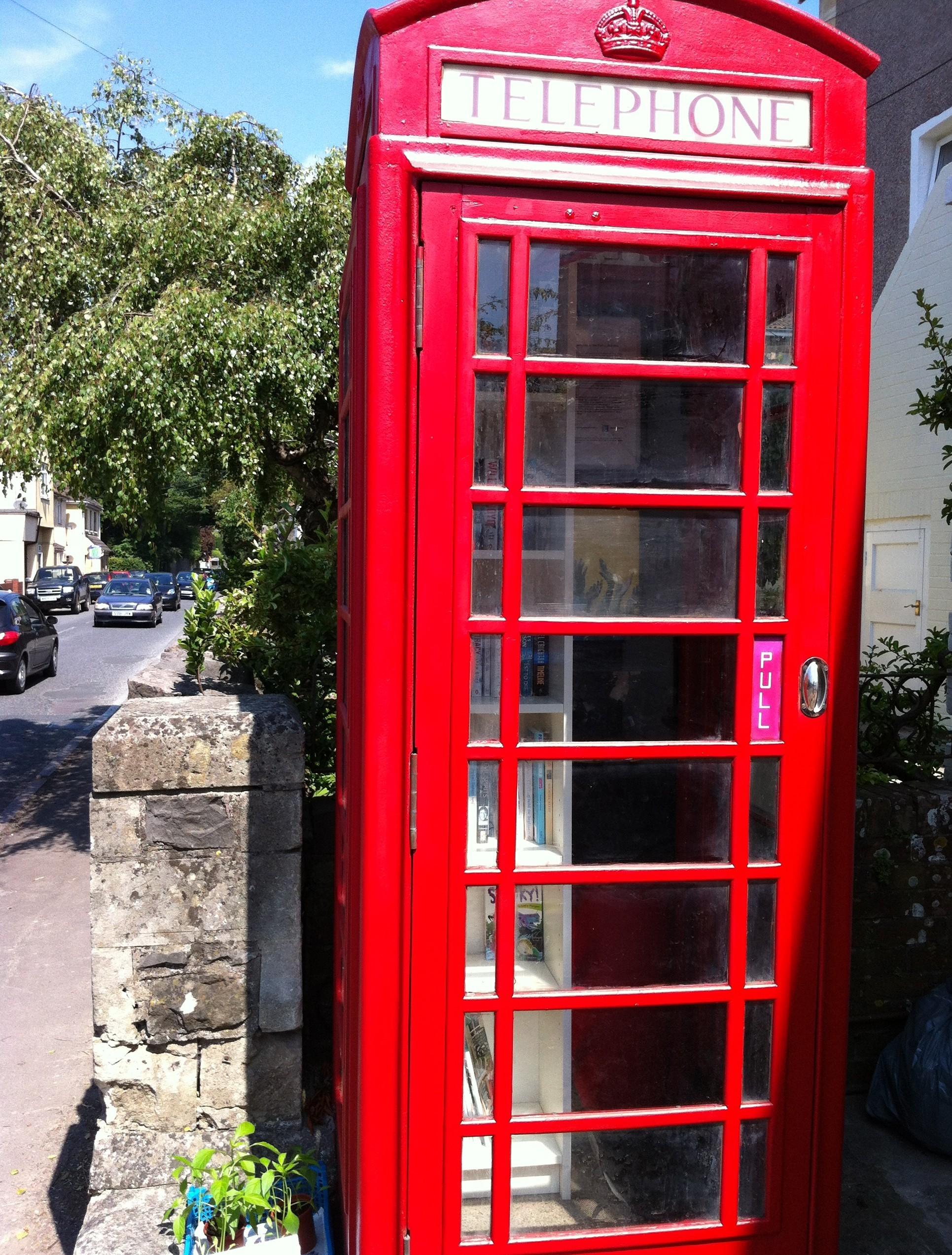 red telephone box yatton