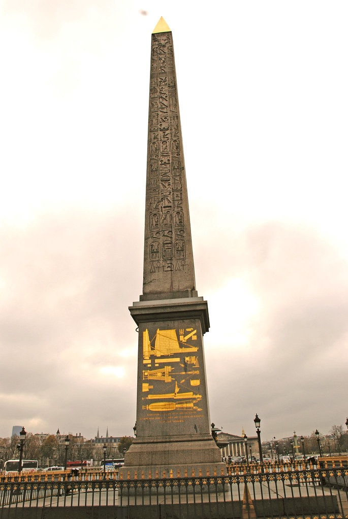 cleopatra PAris Needle PAris Car Tour