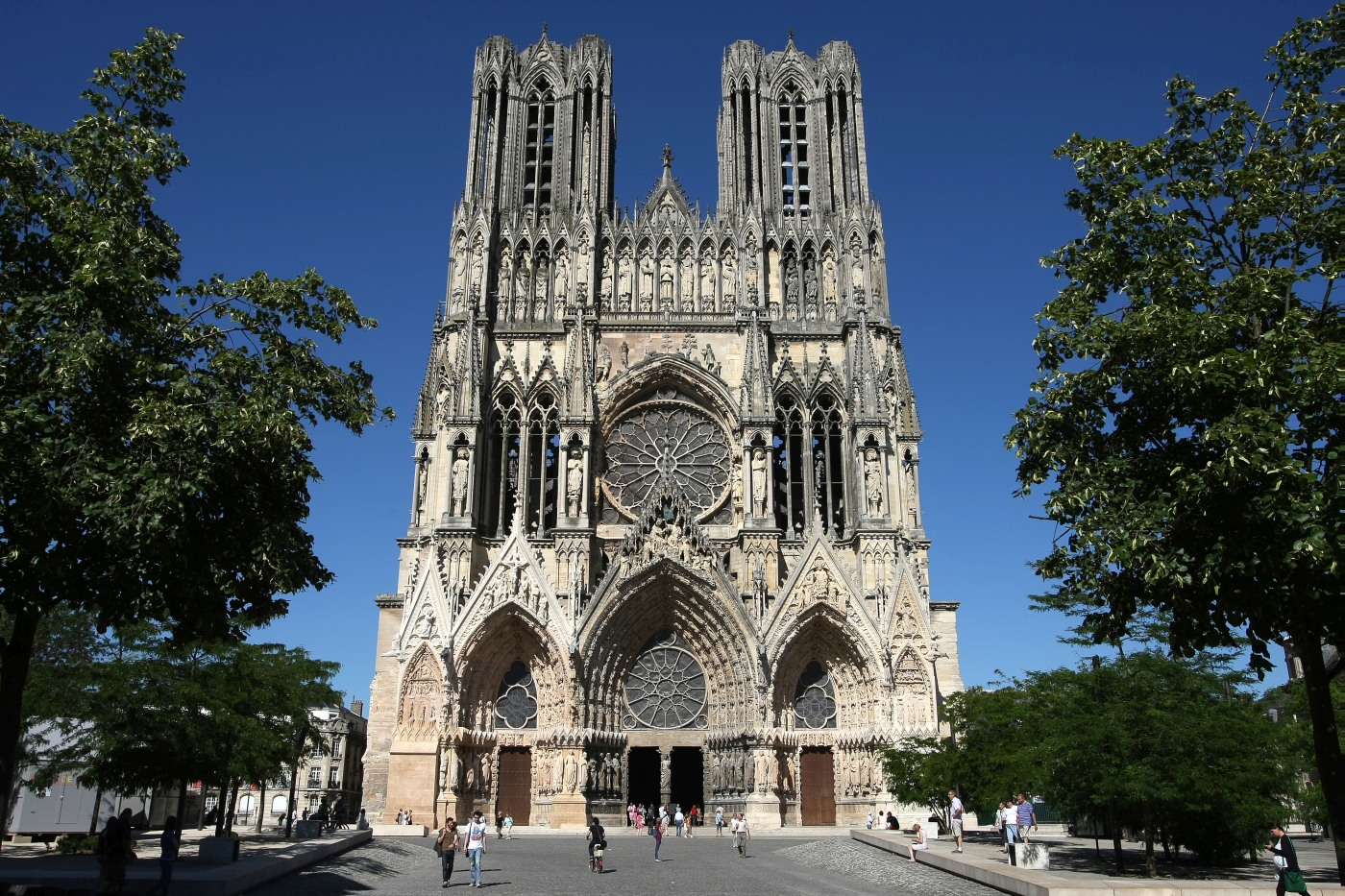 CATHEDRALE JUILLET 2012