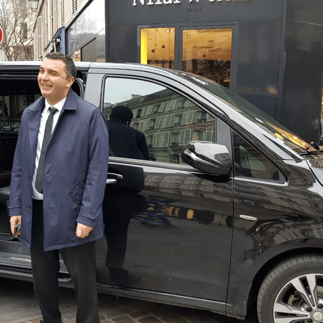 Sam Personal Driver in Paris Limo Premium Services Le Marais