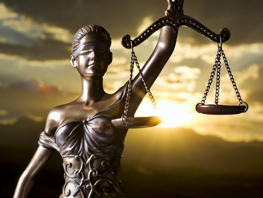 dubai international legal consultant