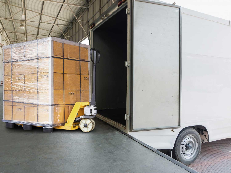UK delivery - pallet distribution