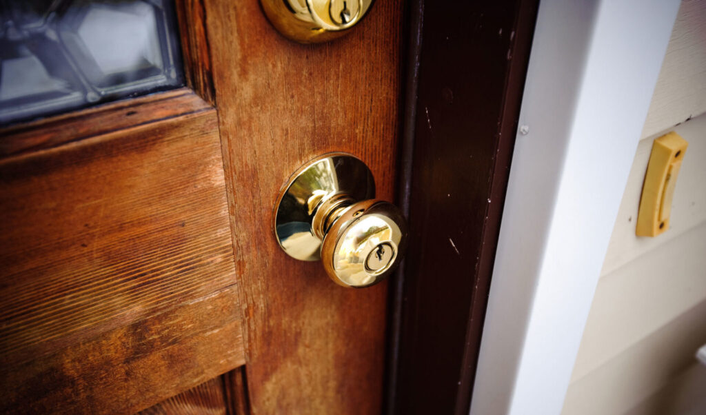 keyholding companies open and lock service