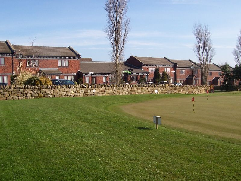 Midgley Lodge Motel & Golf Course as recommended by Your Golfer Magazine