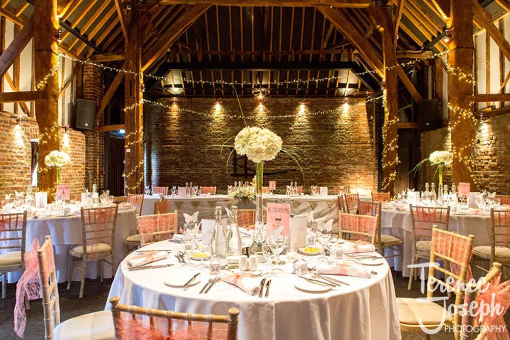 Barn weddings rocks!