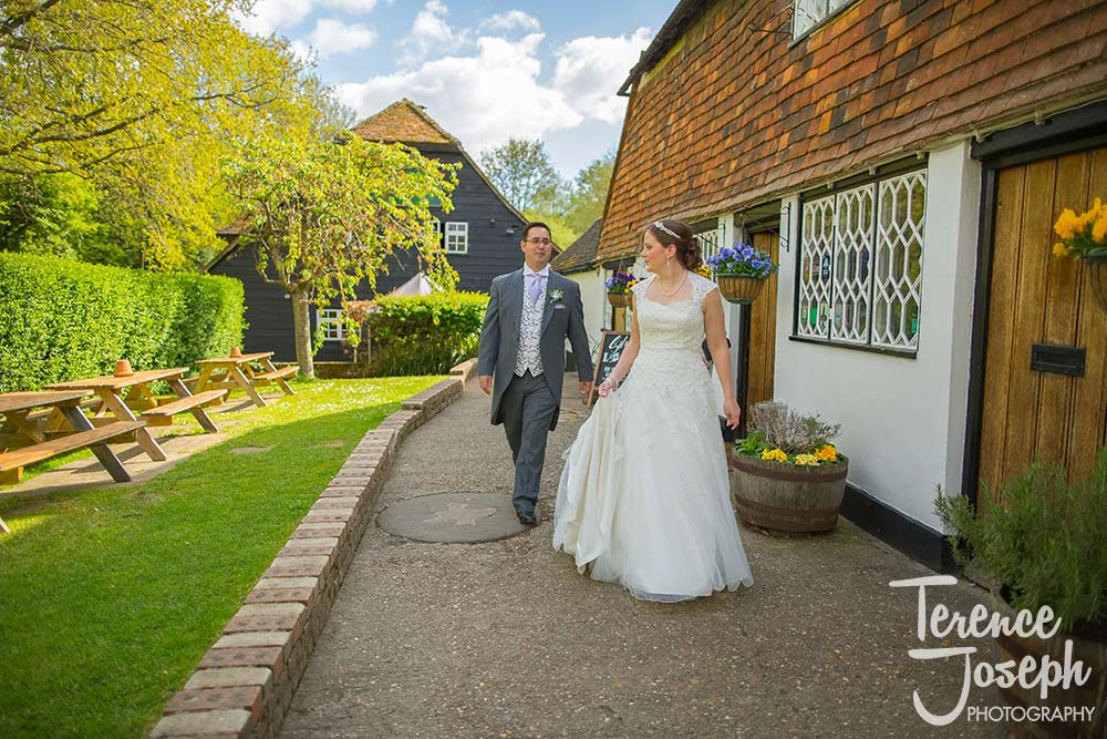 Wedding Drinks Reception at The Plough at Leigh