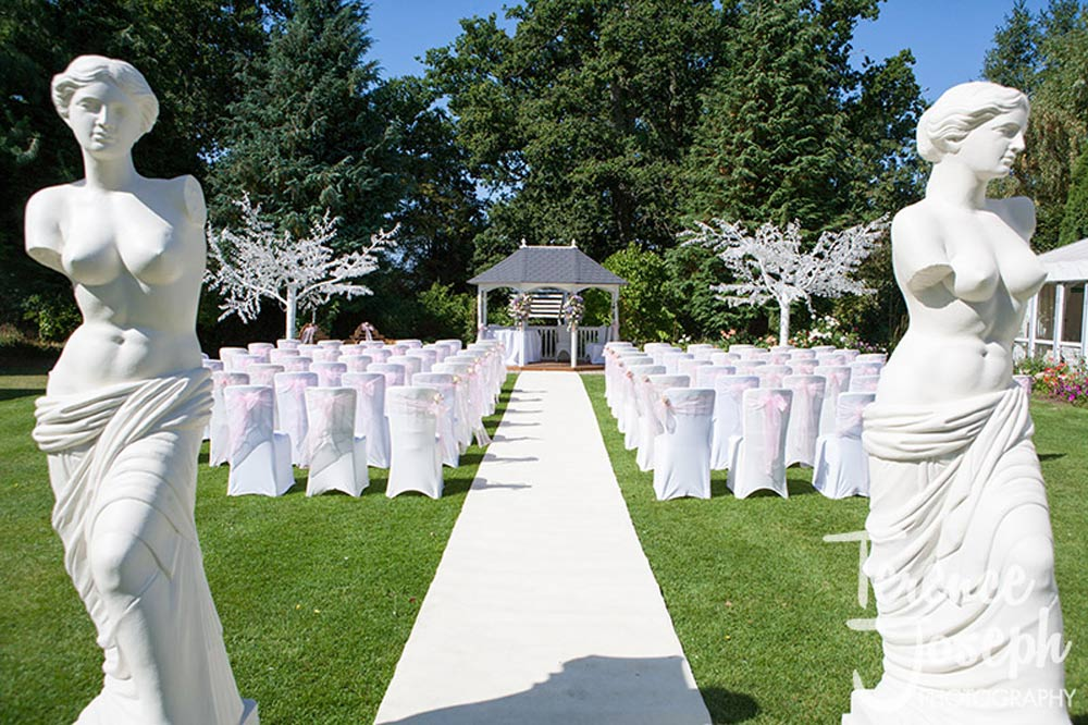 Beautiful outdoor wedding ceremony on a Summers day