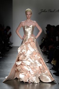 Metallic Wedding Dress Trends for 2016-17