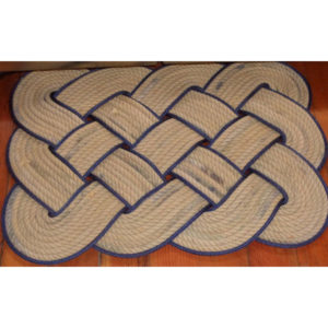 RRTN2020-Knotted-Mat-20x20-Tan-with-Navy-Accent