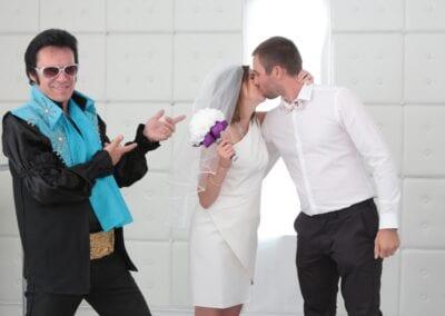 elvis wedding las vegas Elvis