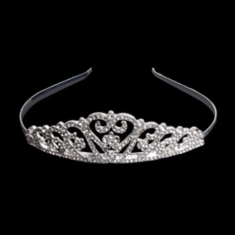 crystal tiara for las vegas wedding chapels