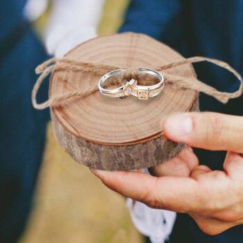 las vegas wedding chapels ring pillow