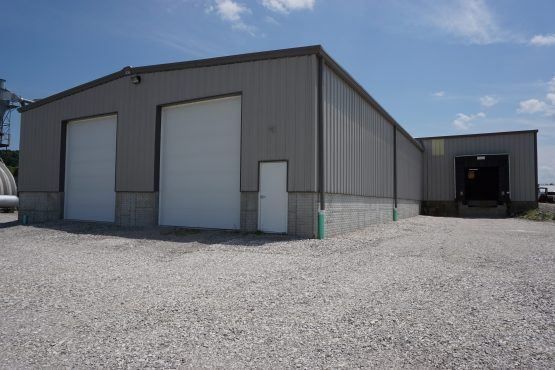 Industrial Garage for loading/unloading & storing large trucks