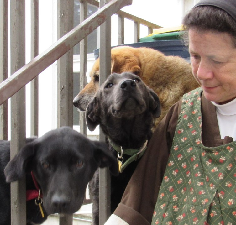 """Sr. Lucia: """"Yeah, kids. This is what it's like living behind bars."""""""