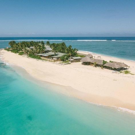 Namotu beach