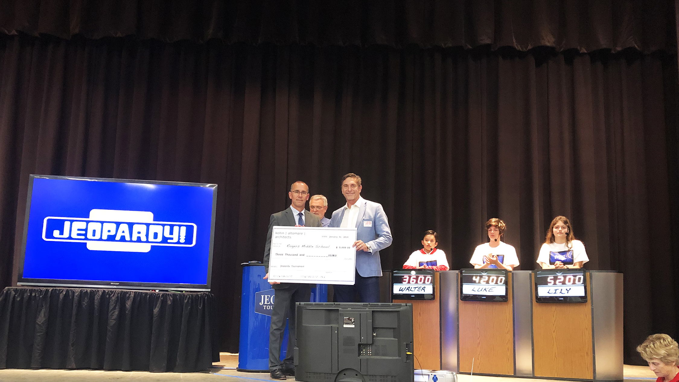 """Rogers Middle School """"Jeopardy"""" Tournament"""