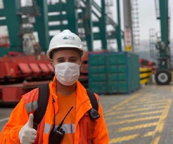 El sanantonino que logró más de 200 mil seguidores enseñando el puerto por TikTok
