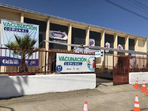 Centro de Vacunación de San Antonio se quedó sin stock de vacunas este lunes