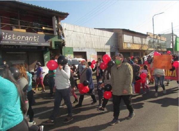 Pobladores de tomas de terreno volvieron a  manifestarse en San Antonio