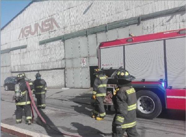 Incendio en bodega de Agunsa movilizó a Bomberos